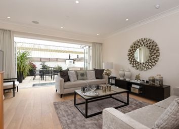 Thumbnail 4 bed town house for sale in Beavor Lane, London