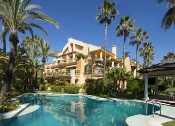 Thumbnail 2 bed apartment for sale in Capanes Sur, Puerto Banus, Marbella