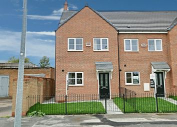 Thumbnail 3 bed town house for sale in Bishop Alcock Road, Hull