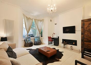 2 bed flat for sale in Beauclerc Road, London W6