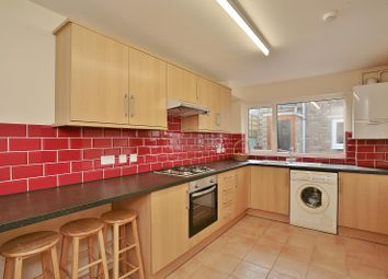 Thumbnail 4 bed flat to rent in Bullingdon Road, Oxford