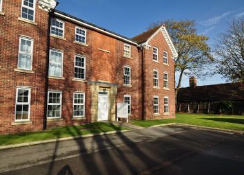 Thumbnail 2 bed flat for sale in Dunsley House, Hull