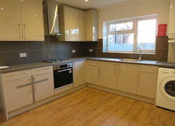 Thumbnail Room to rent in Lynwood Road, London