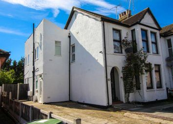 2 bed flat for sale in Canvey Road, Leigh-On-Sea SS9