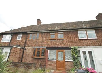 Thumbnail 3 bed flat to rent in Upney, London