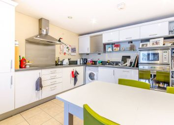 Thumbnail 2 bed flat to rent in Kingsway, Finchley