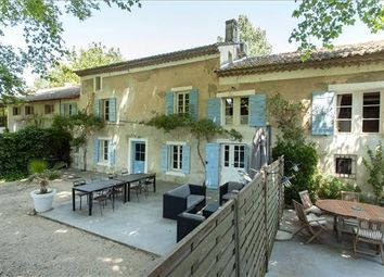 Thumbnail 11 bed farmhouse for sale in 84800 L'isle-Sur-La-Sorgue, France