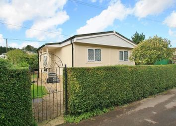 Thumbnail 2 bed mobile/park home for sale in Beech Road, Shillingford Hill, Wallingford