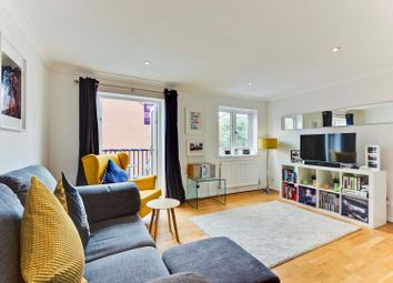 Thumbnail 3 bedroom town house for sale in Captains Place, Southampton