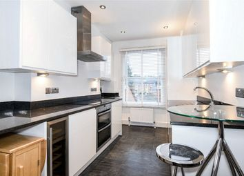 Thumbnail 2 bed flat to rent in Stockbridge Road, Winchester