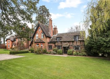 Manor House, East Grinstead Road, Lingfield, Surrey RH7. 3 bed end terrace house for sale