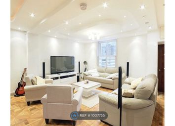Room to rent in Cairns Road, London SW11