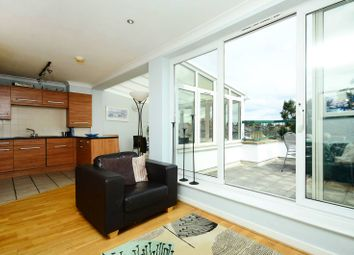 Thumbnail 2 bed flat to rent in Merton Road, Wimbledon