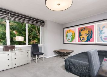 Thumbnail Studio to rent in Lower Sloane Street, London