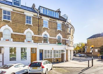 Thumbnail 1 bedroom flat for sale in Petherton Road, London