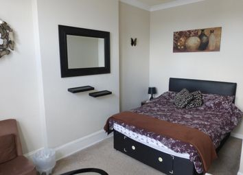 Thumbnail 1 bed flat to rent in Sands Road, Paignton