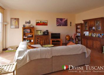 Thumbnail 4 bed town house for sale in Via Dello Stadio, Montepulciano, Siena, Tuscany, Italy