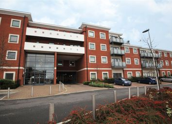 2 bed flat to rent in Heron House, Rushley Way, Reading, Berkshire RG2