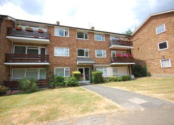 Thumbnail 2 bed flat for sale in Cedar Drive, East Finchley, London