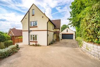 4 bed detached house for sale in The Mount, Warlingham, Surrey CR6