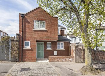 Thumbnail 2 bed detached house to rent in Wyndcliff Road, London