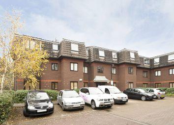 Thumbnail 2 bedroom flat for sale in Woodridge Close, Enfield