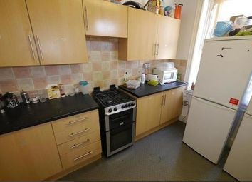 Thumbnail 6 bedroom property to rent in Cardigan Road, Hyde Park, Leeds