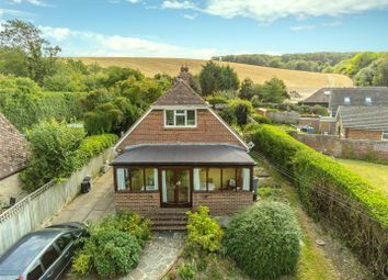Lewes Road, Newhaven BN9. 3 bed detached house