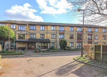 1 bed flat for sale in Oak Lodge, Wanstead, London E11