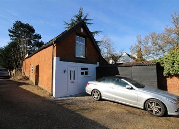 Thumbnail 1 bedroom barn conversion to rent in Barnet Lane, Elstree, Borehamwood