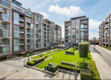 Thumbnail 1 bed flat to rent in Lockside House, Chelsea Creek, London