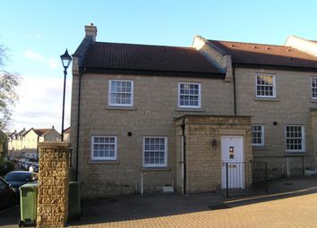 Thumbnail 2 bed property to rent in Flowers Yard, Chippenham