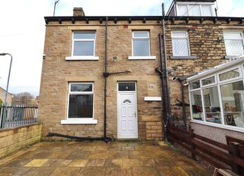 2 bed flat to rent in Briarfield Road, Shipley, West Yorkshire BD18