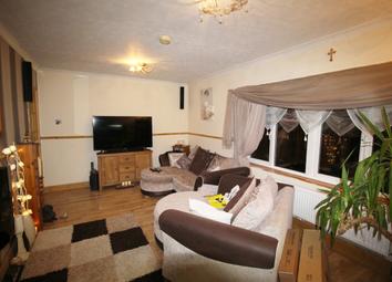 Thumbnail 2 bedroom flat for sale in Jones Field Cres, Wolverhampton, West Midlands