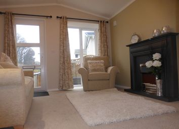 Thumbnail 2 bed mobile/park home for sale in The Paddock, Westgate Park, Sleaford