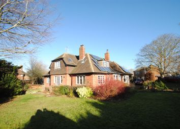 Thumbnail 5 bed property for sale in Foliat Drive, Wantage