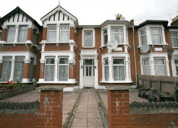 Thumbnail 6 bed terraced house to rent in Mayfair Avenue, Ilford