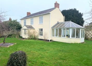 Thame Road, Blackthorn, Bicester, Oxfordshire OX25. 4 bed detached house for sale