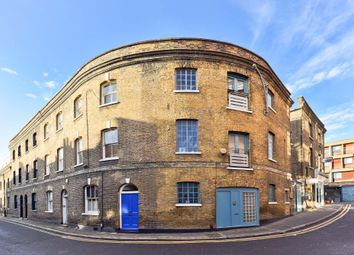 Thumbnail 4 bedroom town house for sale in Colebrooke Row, London