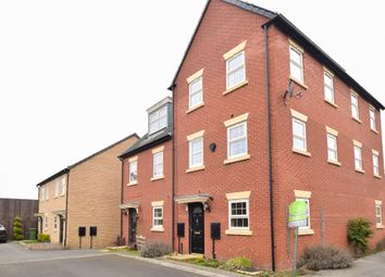 Thumbnail 2 bed town house to rent in Hazelmount Way, Castleford