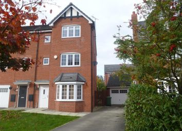 Thumbnail 5 bed detached house to rent in Radcliffe Road, Winsford