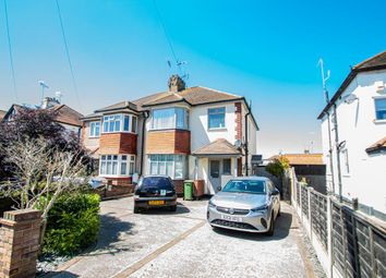 Thumbnail 1 bed flat to rent in Beverley Gardens, Southend-On-Sea
