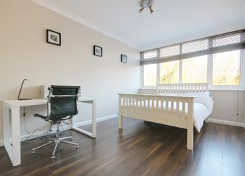 Thumbnail 1 bed flat to rent in Hadley Road, Barnet