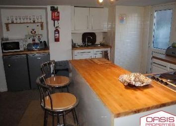 3 bed terraced house to rent in Lumley Mount, Burley Park LS4