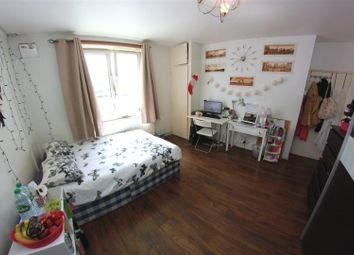 Thumbnail 4 bed shared accommodation to rent in Headlam Street, London