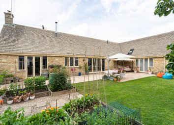 Thumbnail 3 bed property for sale in Park Street, Fairford