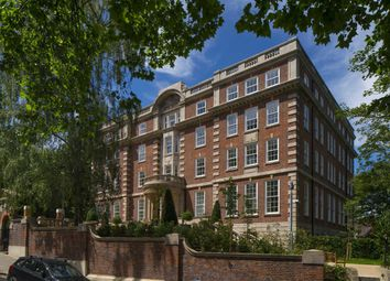 Thumbnail 3 bed flat for sale in Cholmeley Park, London