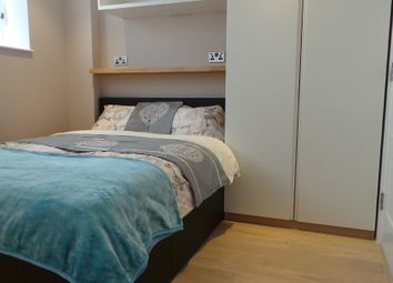 Thumbnail 4 bed shared accommodation to rent in Gunnnersbury Avenue, Ealing