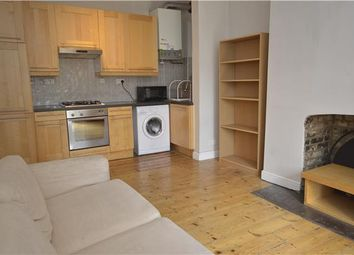 Thumbnail 1 bed flat to rent in Ramsden Road, Balham