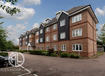 Thumbnail 2 bed flat for sale in Cadwell Green, Hitchin